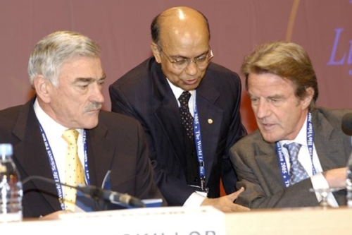 Kul Gautam with biovision-with-kouchner-and-mckillop[1]